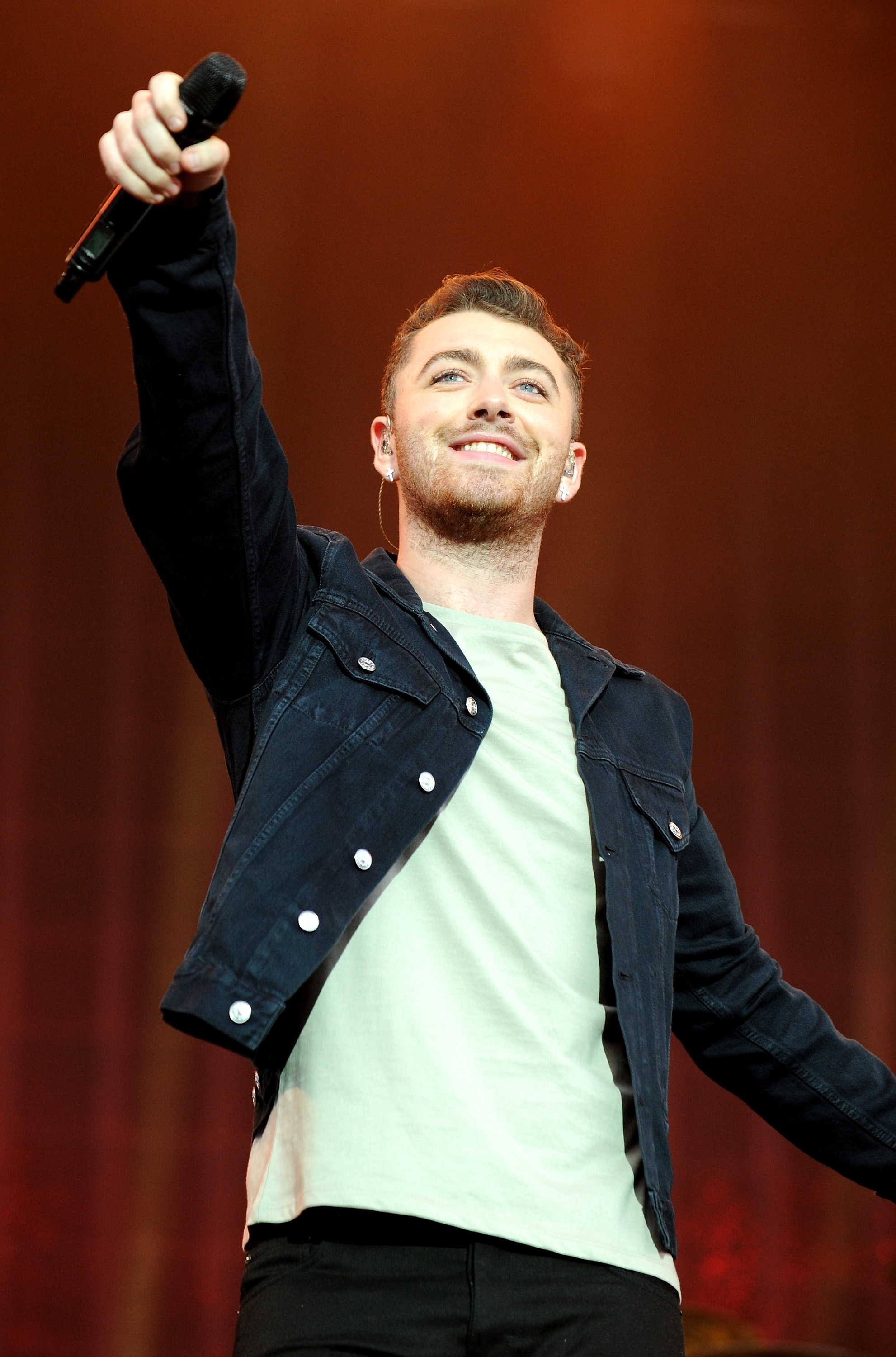 STAFFORD, ENGLAND - AUGUST 23: Sam Smith performs on Day 2 of the V Festival at Weston Park on August 23, 2015 in Stafford, England. (Photo by Shirlaine Forrest/WireImage)